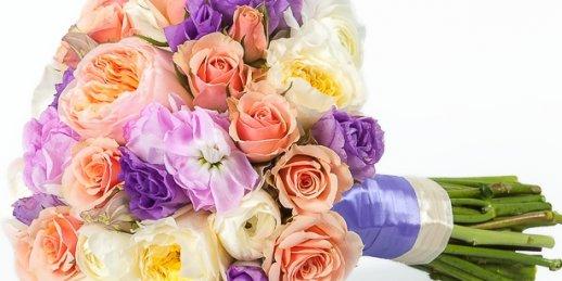 To buy valentine flowers online in the online floristic studio KROKUS.