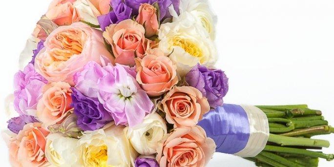 Ziedu piegāde Aizpute (Latvija). Nopirkt ziedus Aizputē