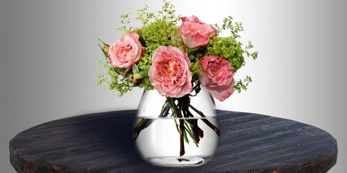 Как и зачем мыть вазу
