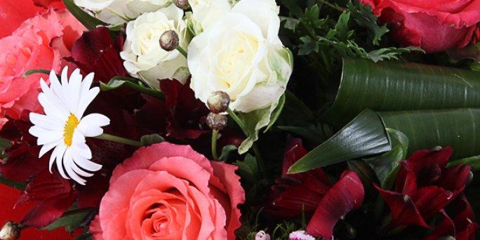 Kur Rīgā var iegādāties skaistu rožu pušķi