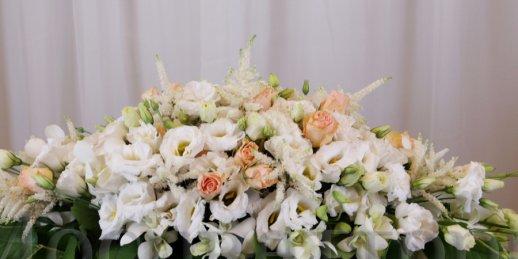 Kur iegādāties ziedus internet. Pirkt lētus ziedus internetā