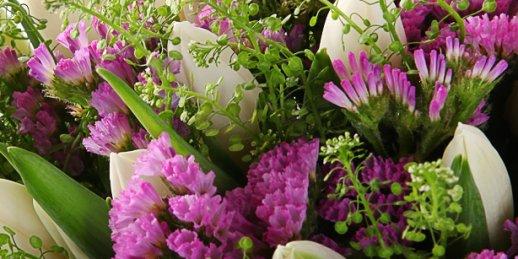 Ziedu piegādes pasūtījums internetā tajā pašā dienā uz jebkuru adresi