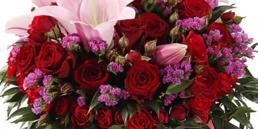 Nopirkt ziedus līdzjūtības izteikšanai Rīgā. Ziedi līdzjūtībai Latvijā