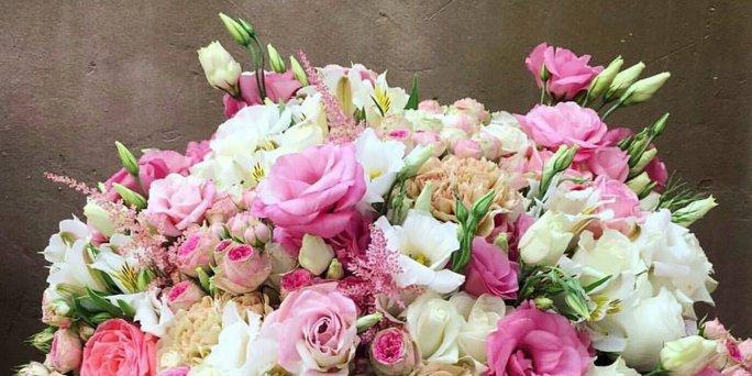 Курьер по доставке цветов по Риге