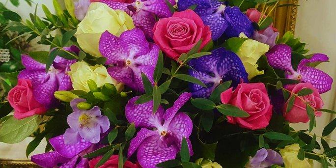 Дешевая доставка цветов в Риге