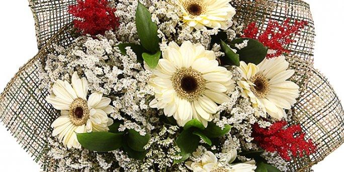 Купить цветы в Риге: букет из эустомы.