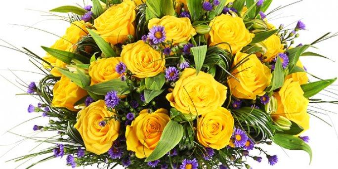 Как вручить и где купить цветы в Риге: фигурки из цветов.