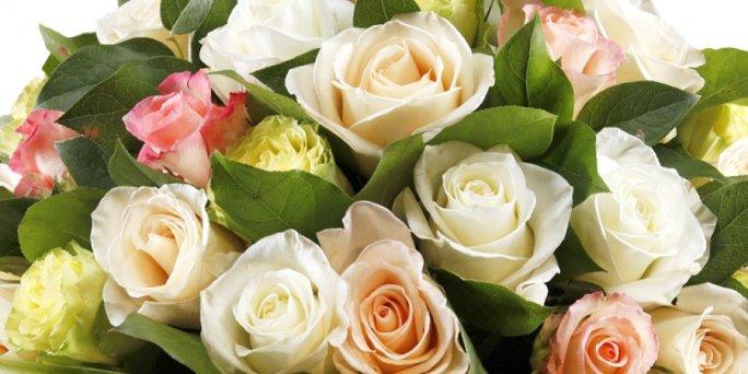 Ищете не дорогой подарок? Обратите внимание на цветы с доставкой в Риге!