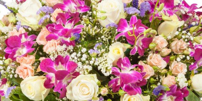 Флористическое украшенье: Как заказать цветы в Риге?