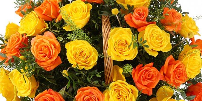 Заказ цветов Рига: Как купить прикольный подарок подруге?