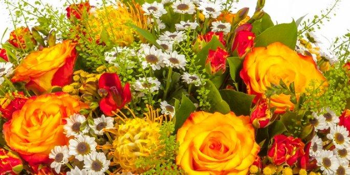 С чего начать поиск цветов в Риге: мужские букеты?