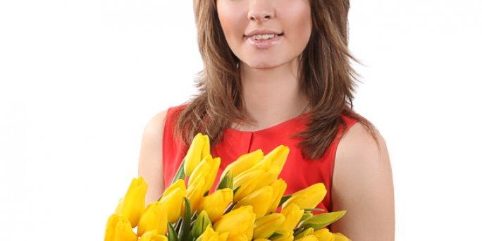 Как преподнести и как заказать цветы с доставкой в Риге: фигуры из цветов.