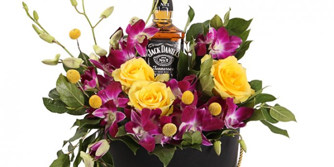 Как дарить цветы в Риге: цветы на заказ недорого.