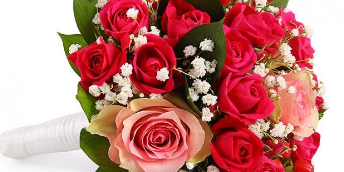 Заказ цветов Рига: оригинальные цветочные композиции.