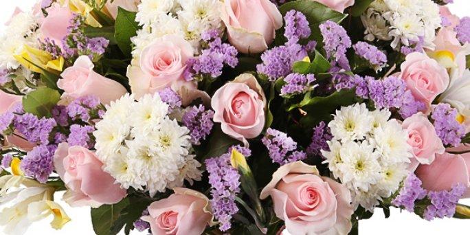 Заказ цветов Рига: стильные букеты .