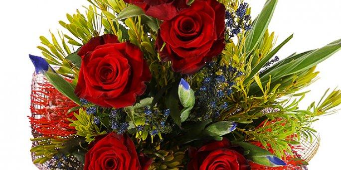 Заказ цветов Рига: Шикарные цветы – это тренд осеннего.