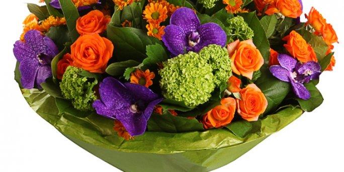 С чего начать выбор букета в Риге: большой букет тюльпанов?