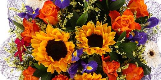 Доставка цветов Рига: Что подарить маме?