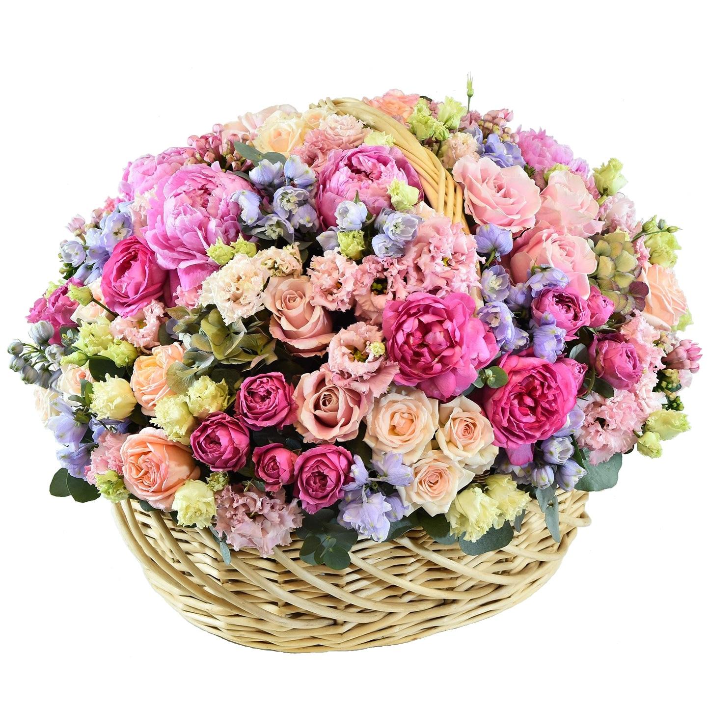 Цветов можно, самые большие и дорогие букеты